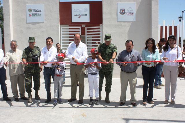 """Gobernador y Alcalde de San Pedro; Inauguran la unidad deportiva """"Benito Juárez"""""""