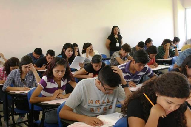 Presentarán más de 2000 aspirantes para bachilleratos de la UA de C  en la unidad Torreón