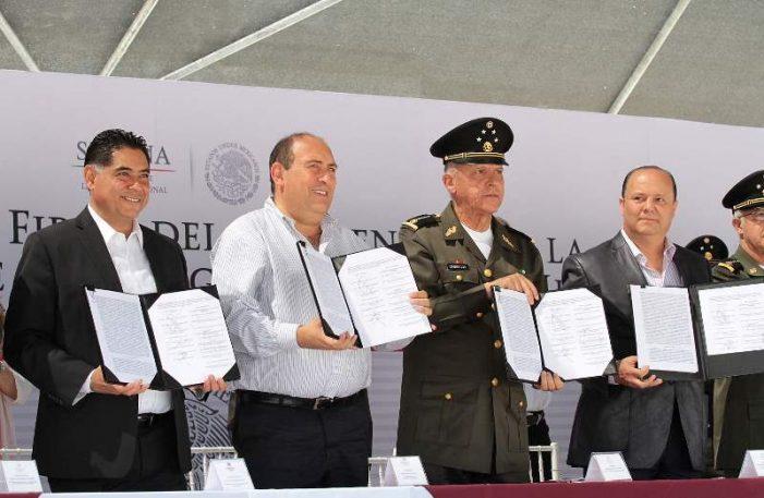 Firman convenio para construcción de mega Cuartel en Coahuila
