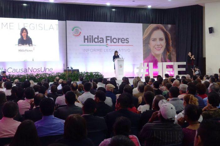 Anuncia que buscará candidatura: Rinde informe Hilda Flores