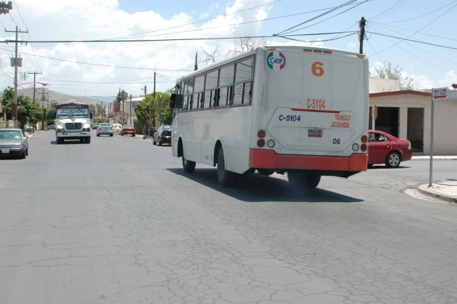 En debate aumento de pasaje en rutas urbanas