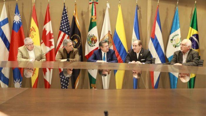 Presenta UA de C Proyecto Consorcio Binacional de Universidades