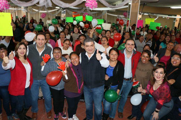 Ofrece Riquelme Solís luchar por oportunidades para los jóvenes