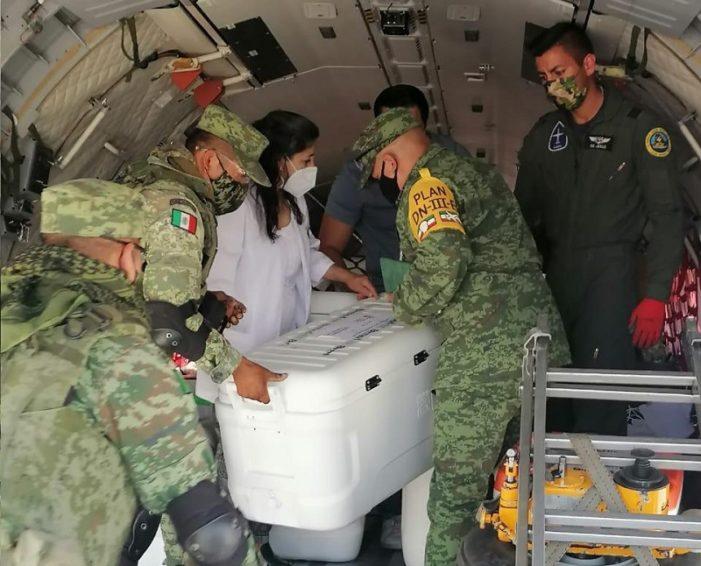 Llegan a Coahuila 35 mil 550 vacunas COVID para adultos mayores